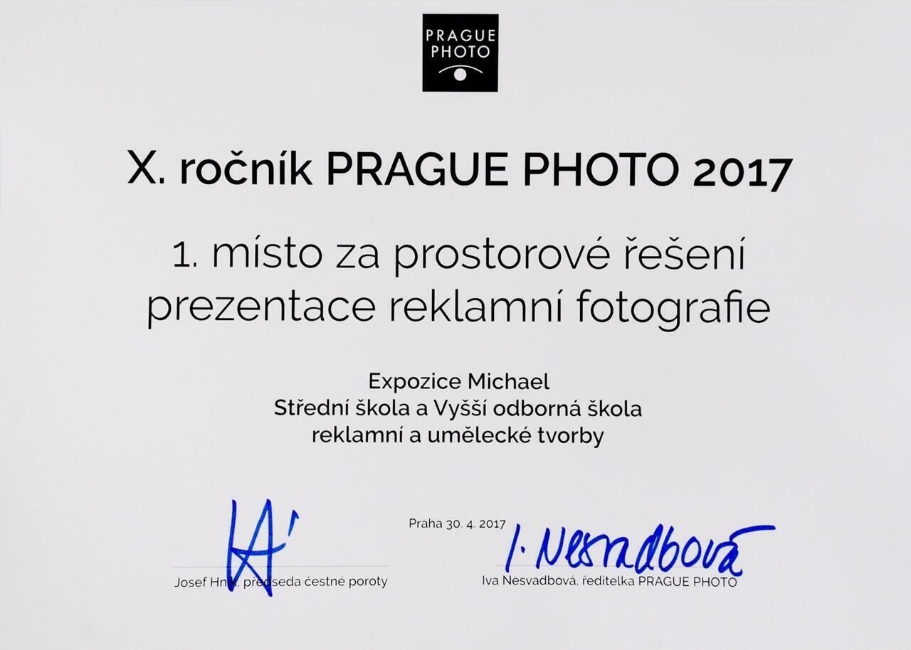 Cena za prostorové řešení instalace Prague Photo