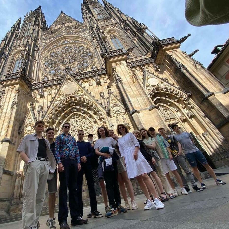 Maturanti na Pražském hradě